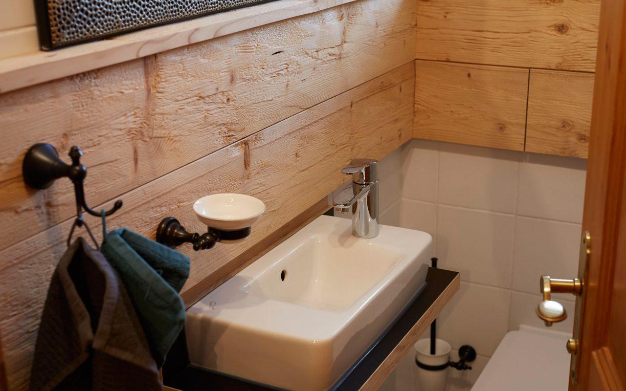 Alpenchalet-Vils-Tirol-Edelweiss WC